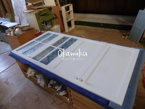 キッチン扉交換-白色塗りつぶし・フローラガラス