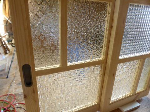 室内窓(パッチワークガラス)