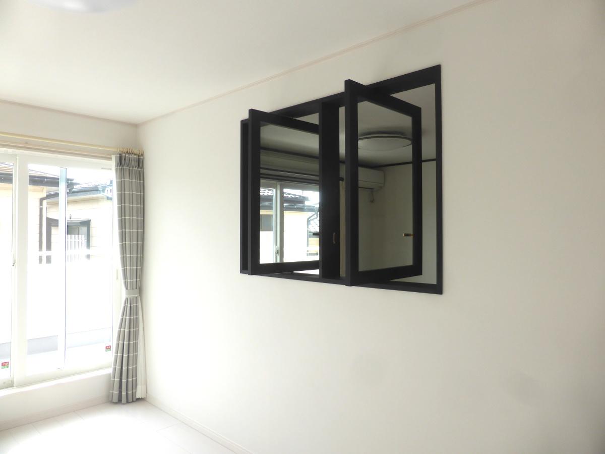 縦軸回転窓(開時)