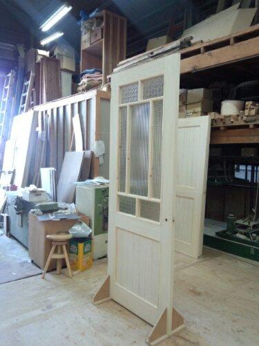 組み合せガラス格子ドア