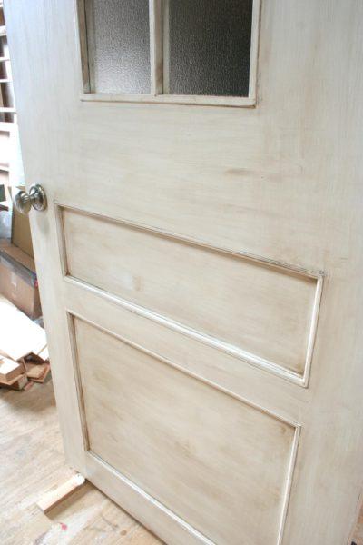 アンティーク仕上げ(汚し)の室内ドア
