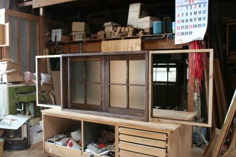 引き窓(内側)