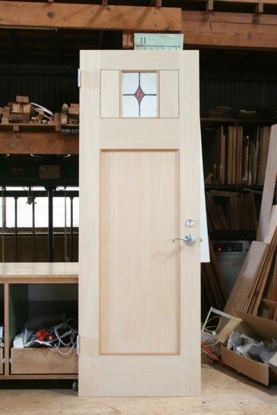 ステンドグラスのトイレドア(無塗装)
