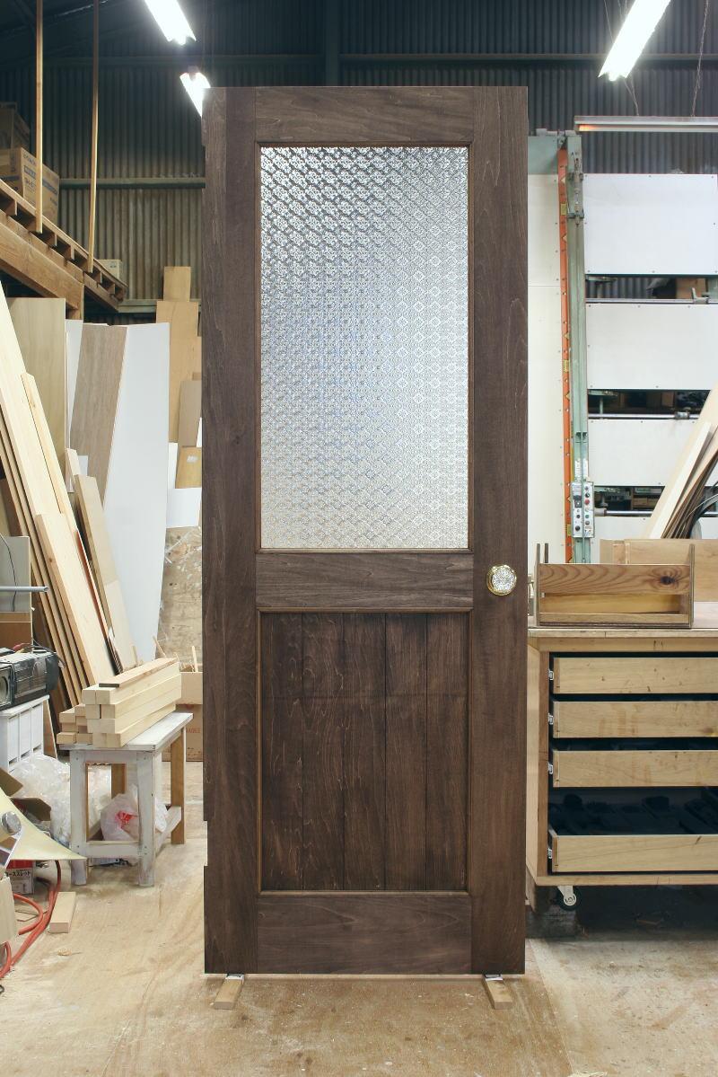 フローラガラスのリビング室内ドア