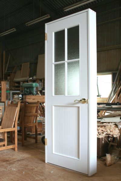 十字格子の室内ドア